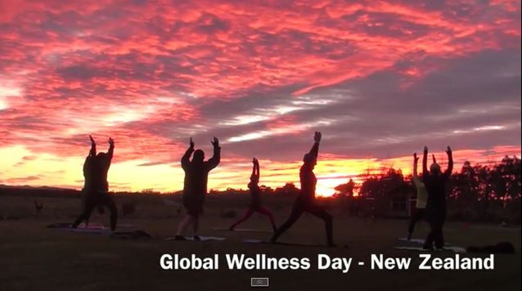 Sunrise Yoga Session New Zealand 20150613.JPG