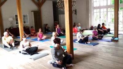 GWD Das Bollants Yoga class.jpg