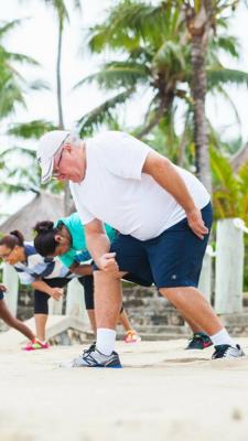 Photo Bebe Spa Overweight Man GWD Fiji 2015.PNG