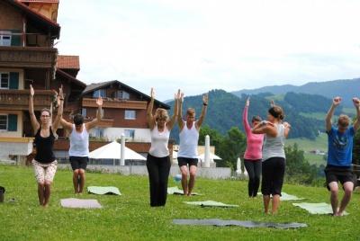 GWD Hotel Bergkristall yoga class.jpg