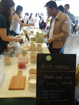 FOODS FOR THE SOUL --  A wellness company demonstrating DIY healthy reci....jpg